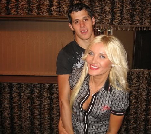 Evgeni-Malkin-wife-Oksana-Kondakova-photos